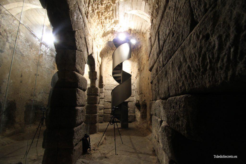 Vista desde el fondo de la Cueva de Hércules.