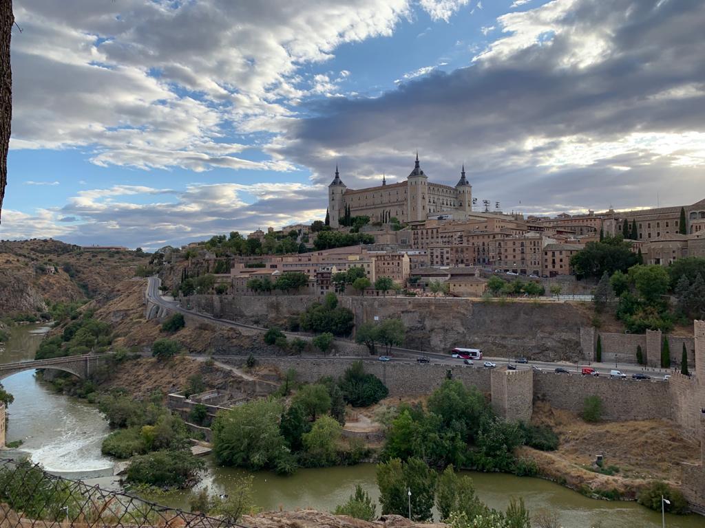 Las vistas desde el castillo de San Servando de Toledo son impresionantes.