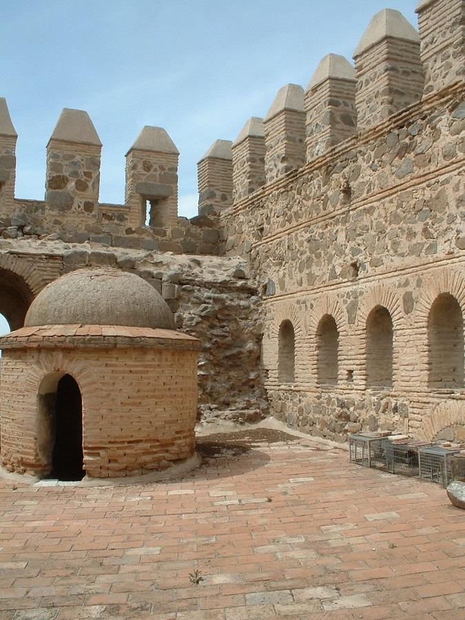 Zona superior del torreón más exterior del puente de San Martín. Fuente: Cultura Castilla-La Mancha.