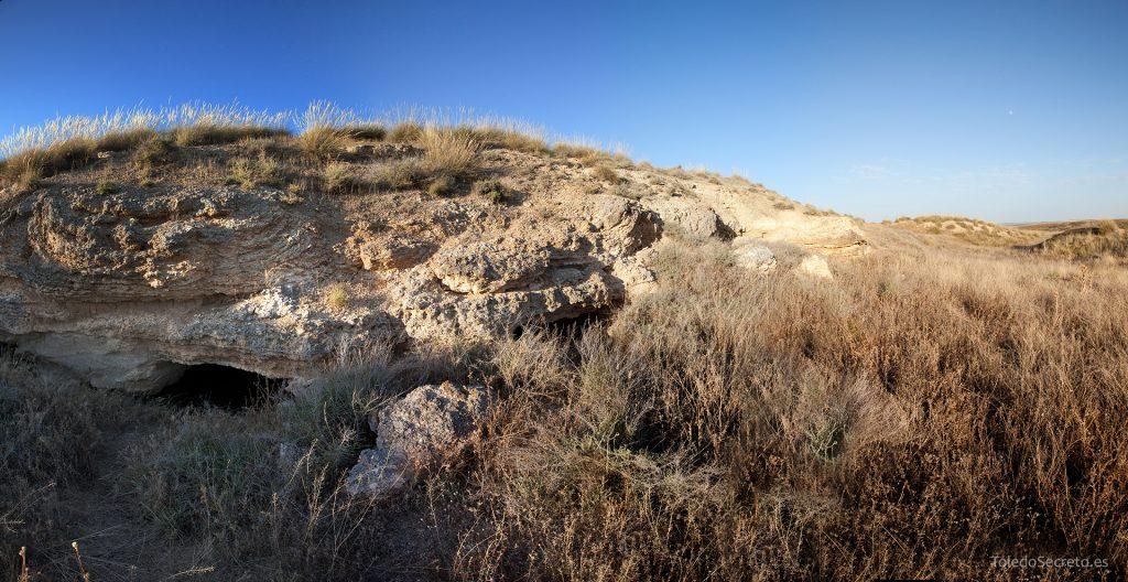Cuevas de Higares, uno de los accesos