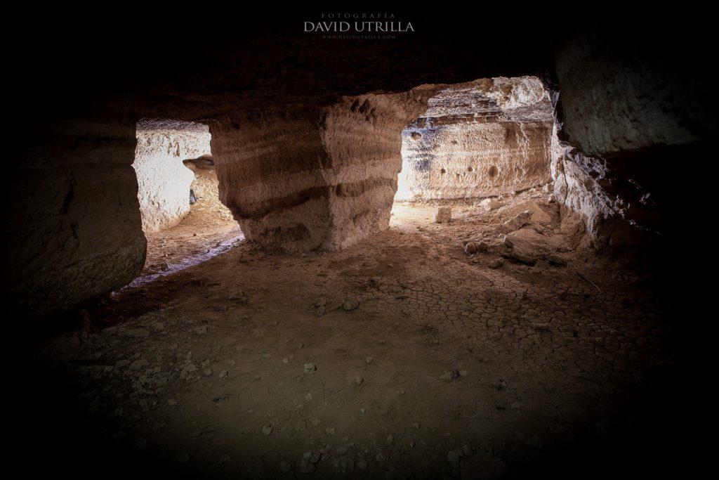 Interior de las Cuevas de Higares